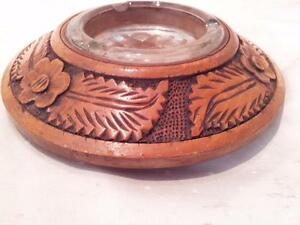 FINE-ARTS-amp-CRAFTS-TURNED-AND-CARVED-ASHTRAY-WITH-ORIGINAL-GLASS-INSERT
