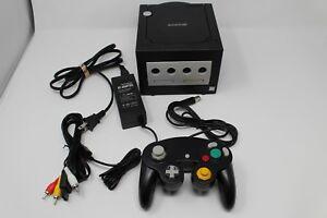 Nintendo-Gamecube-bon-etat-Jet-Black-Console-avec-1-Controleur-et-Branchements