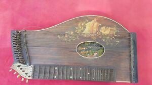 Zitter-antikes-Instrument-Musikinstrument-Zither-Aug-Clemens-Glier-Harfe