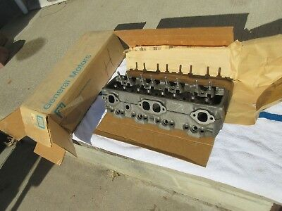 GM NOS 1977-1978 Chevy 305 V8 Cylinder Head 77 78 | eBay