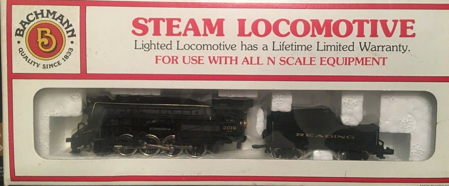 Bachmann N Scale Consolidation 2-8-0 & Tender   Reading
