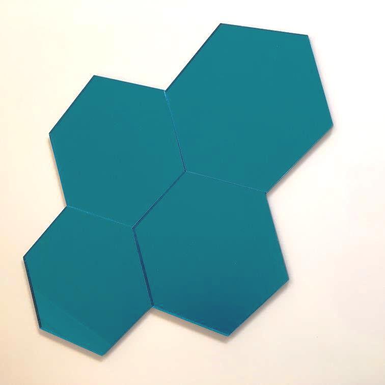 Hexagonal Acrylic Wall Tiles - Blau Mirror