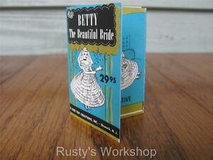 1950's Deluxe BETTY THE BEAUTIFUL BRIDE Booklet/ TAG 2nd issue (Reproduction)