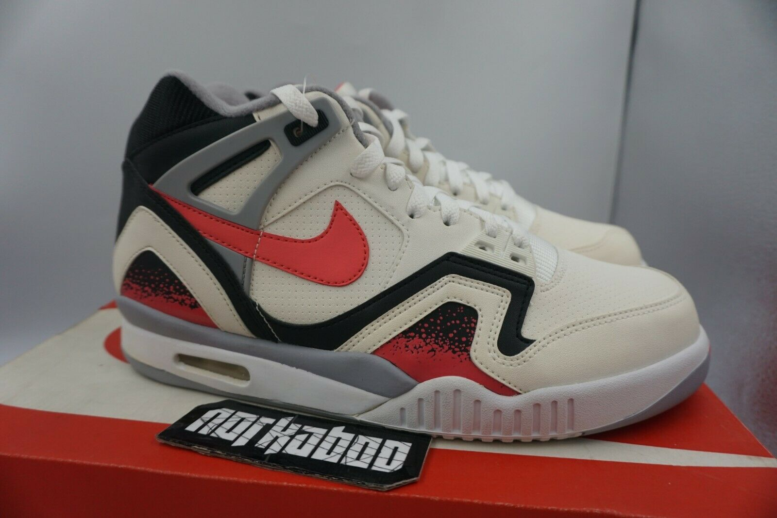 Nike Air Tech Challenge 2 QS Hot Lava White Pink Black 643089-160