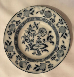 "ANTIQUE STAFFORDSHIRE FLOW BLUE ONION PATTERN 9"" SOUP BOWL c.1911"