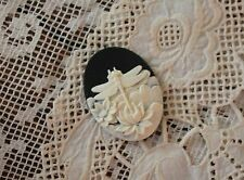 Vintage Dragonfly Cameo~25x18mm Molded Button~Cream on Black~For >^..^< Rescue