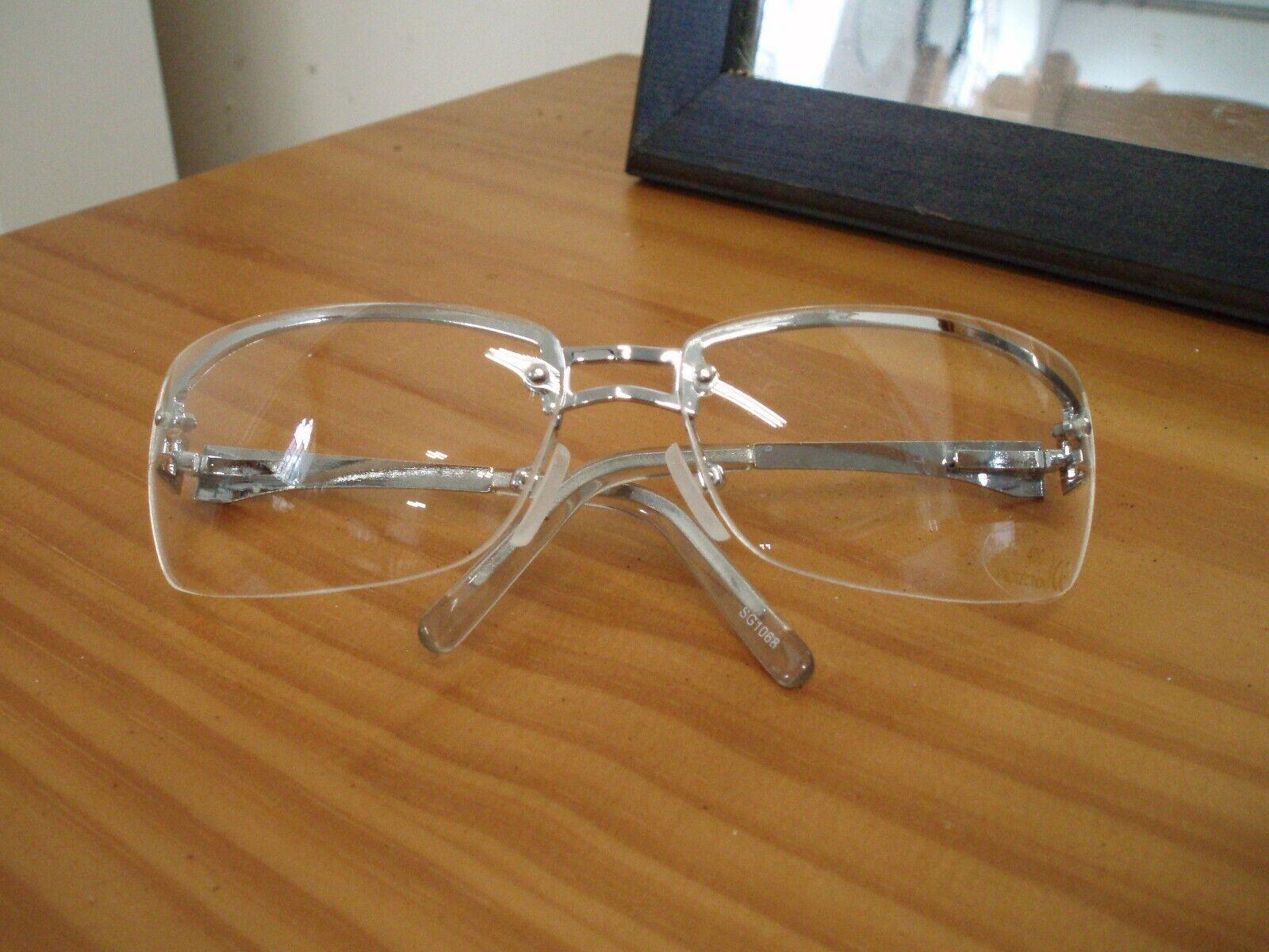 Clear/ white fashion glasses 3