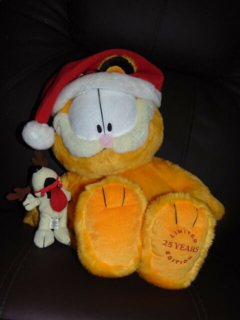 Holiday Christmas Garfield Odie Dog Plush 25 Years Limited Edition