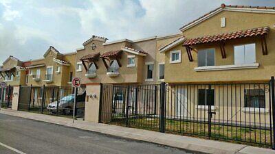 casa de 3 recamaras tipo residencial la zona de mas alta plusvalia a un lado del nuevo aeropuerto