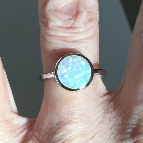 anneaux argentés Argent Sterling Rond Blanc Lab opale bague octobre Pierre de naissance Bague