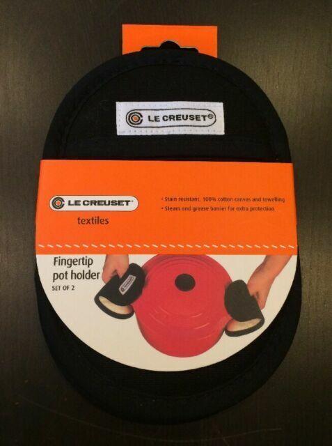 Set of 4 Cherry Fabric LE CREUSET Textiles Oven Mitt Pot Holders /& Handle Glove
