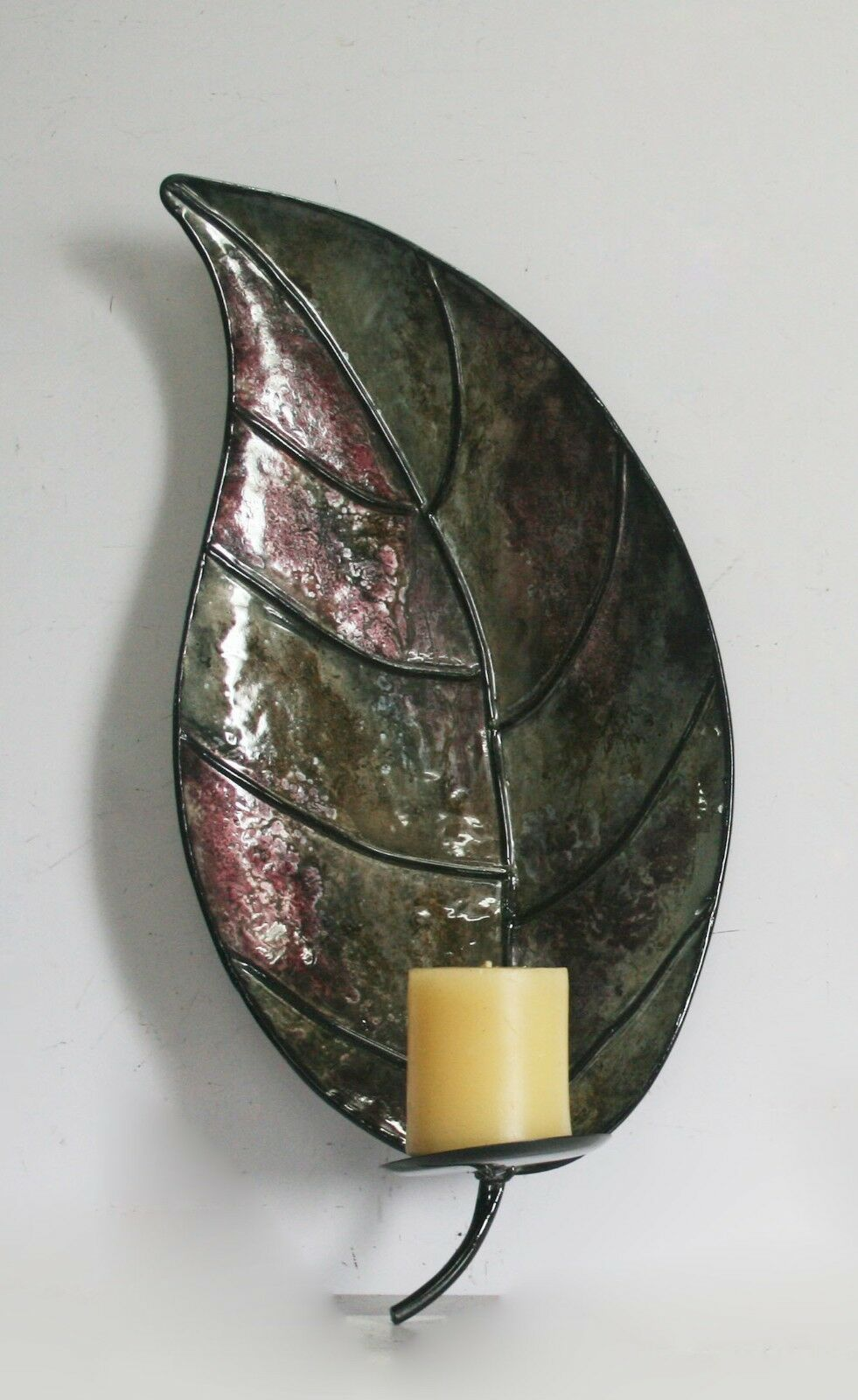 METAL LEAF WALL MOUNTED CANDLE HOLDER SCONCE FOR MODERN HOME DECOR IN GREEN