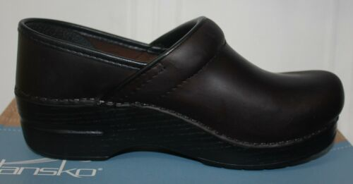 Dansko Women/'s Professional Antique Brown Oiled Leather Clogs NEW!