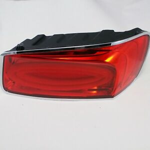 Bentley-Continental-Flying-Spur-Rear-Light-Right-Side-4W0945096H-Genuine