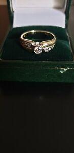 Vintage-9ct-Solid-Gold-7-Piedra-Diamante-Anillo-Tamano-O1-2-P