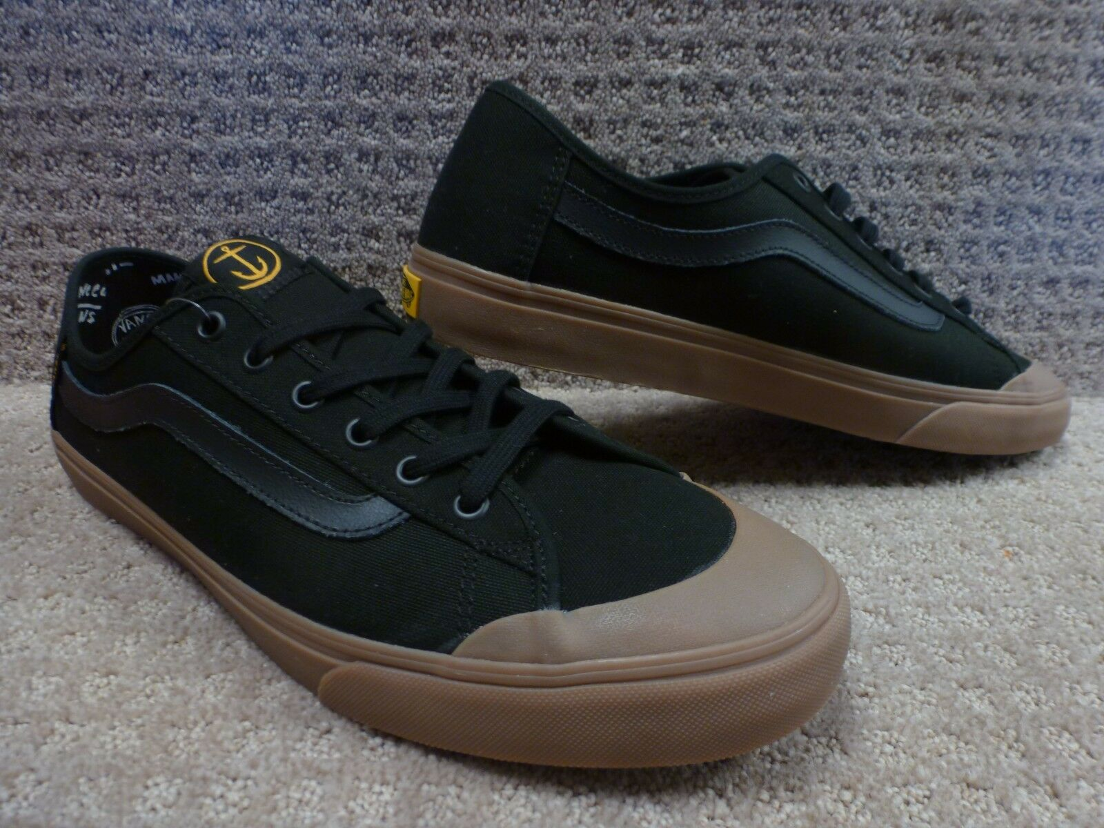 Vans Men's shoes  Black Ball SF  (Captain Fin) black Gum