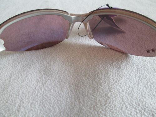 Eyelevel Ragazze Scintillante Occhiali da sole in rosa o viola.