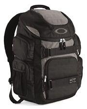 "Oakley Enduro 30l 2.0 17"" Backpack"