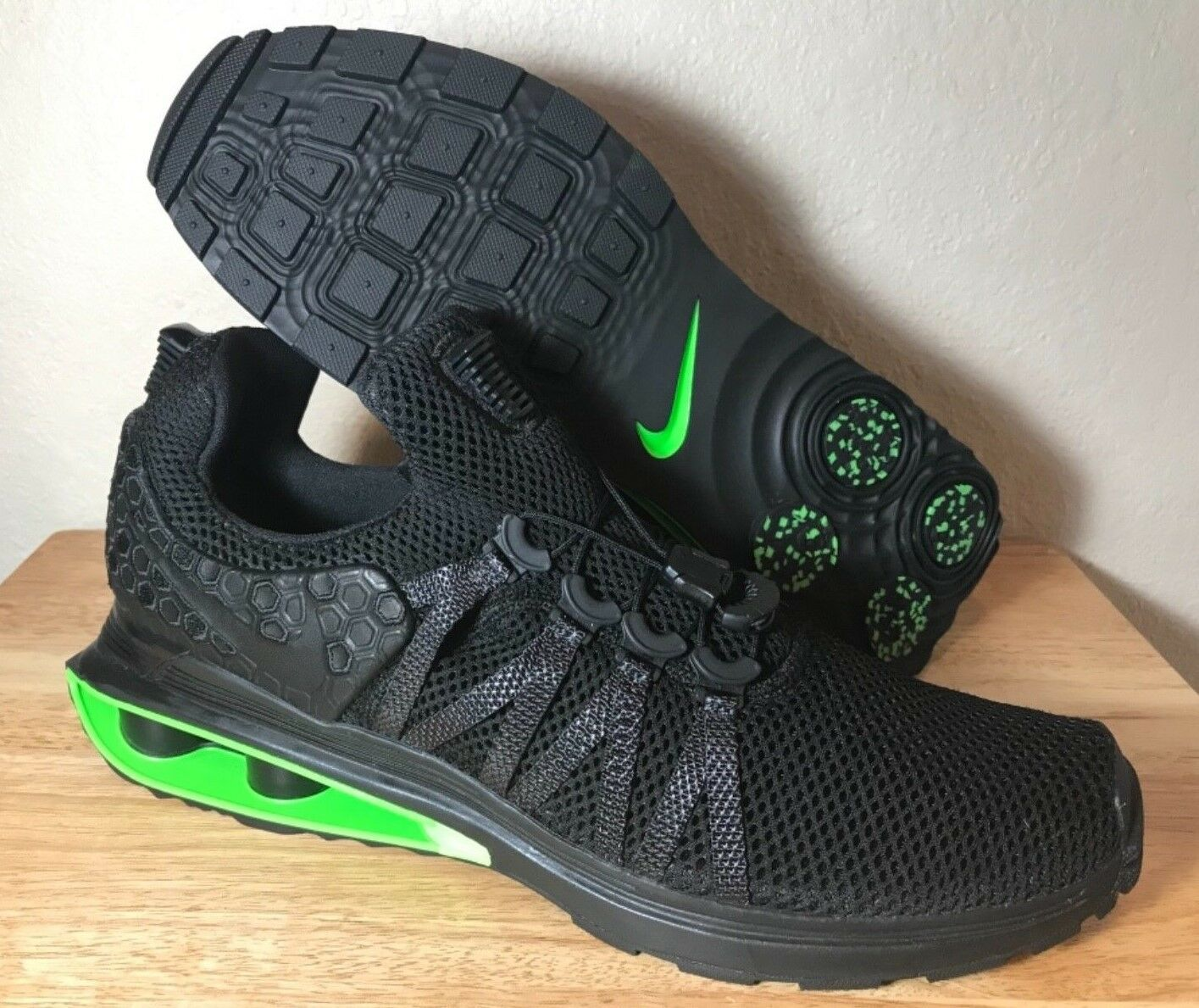 3929921897974d ... Nike Shox Gravity Luxe Black Green Strike Mens Mens Mens Running shoes  SZ New AR1470- ...