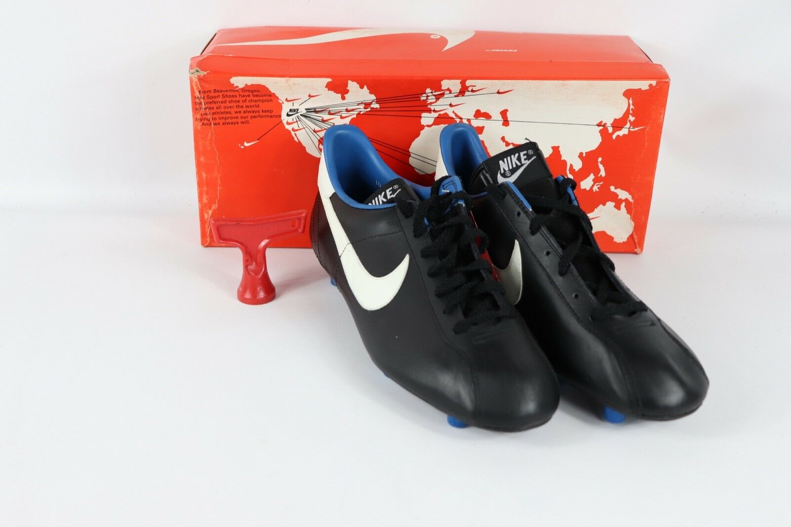 Vintage 80s New Nike Mens 11 Mirage M Soccer Cleats shoes Boots Black White