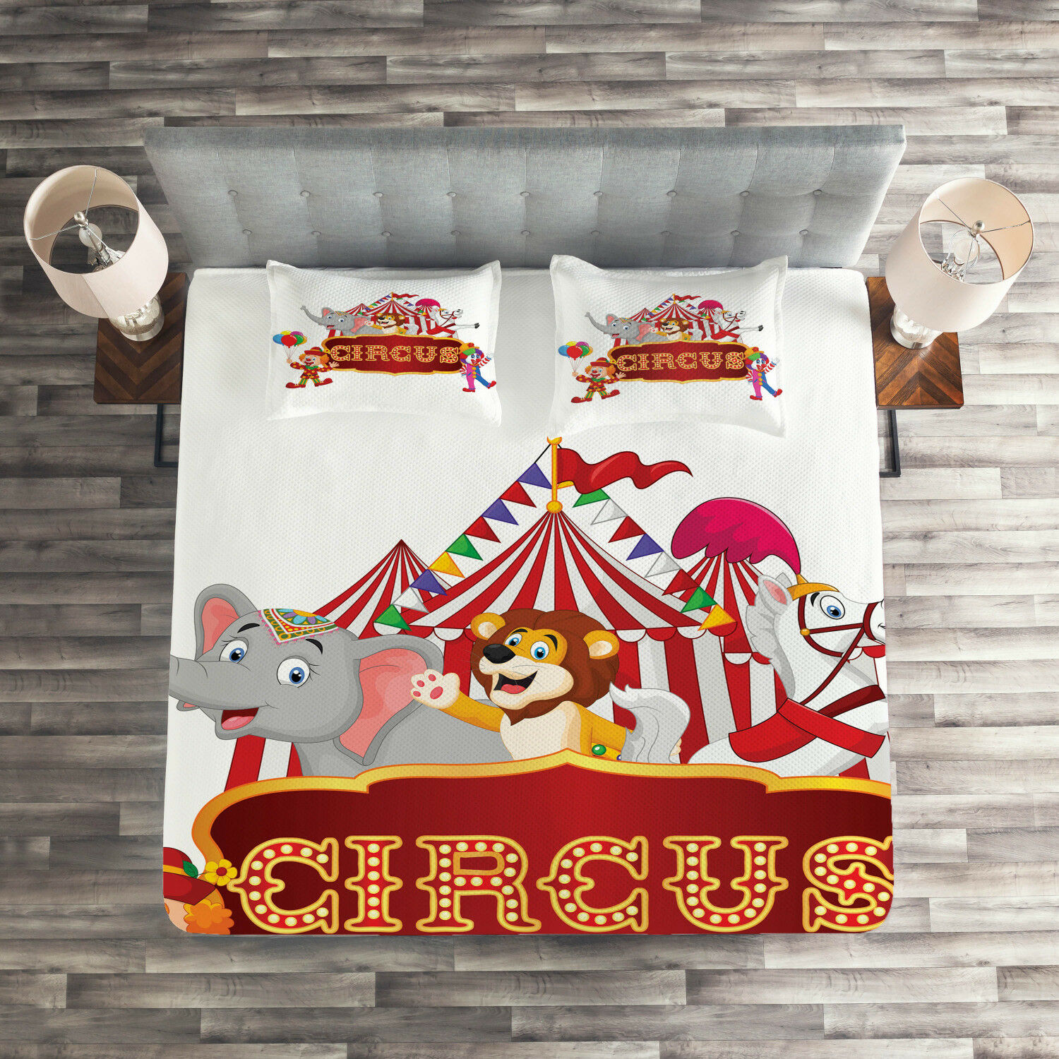 Red White Quilted Coverlet & Pillow Shams Set, Nostalgic Circus Tent Print