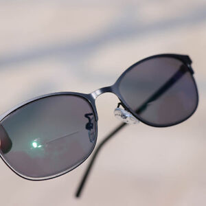 556580af13 Details about Womens Mens Bifocal Reading Glasses Transition Photochromic  Readers Sunglasses