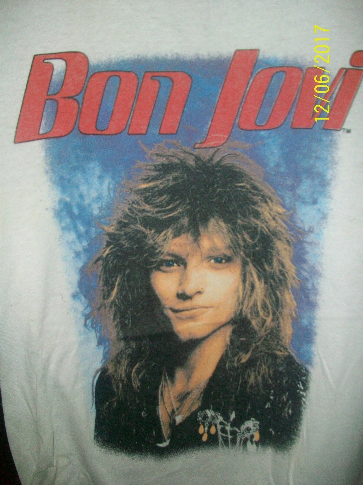 BON JOVI - 1986 SLIPPERY WHEN WET TOUR (never worn or washed)