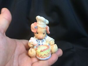 Enesco-1994-TLP-This-Little-Piggy-034-Bacon-A-Cake-034-figure-130893-By-Mary-Rhyner