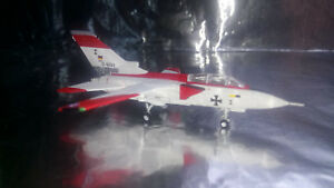 Herpa-Wings-556620-Panavia-MRCA-Prototype-P-01-First-Flight-Panavia-Tornado