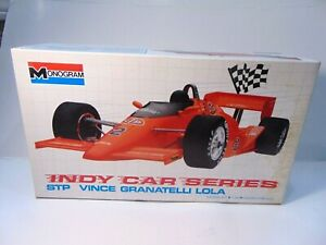 ORIGINAL-vintage-MONOGRAM-VINCE-GRANATELLI-LOLA-INDY-CAR-model-KIT-car-box