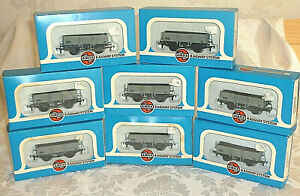 Rake of 8 Airfix 5 Plank BR Fitted Wagons Wagon Boxed Superb 00 Gauge OO 54365-1