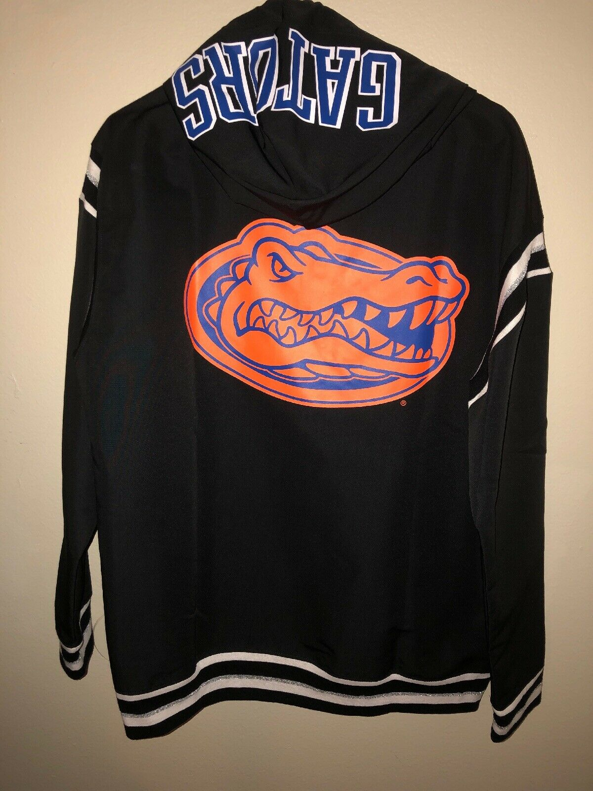 J. NWT Victoria's Secret Pink Medium Collegiate Collection UF University Gators