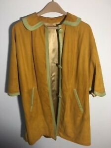 Beautiful-Vintage-Suede-and-Leather-Trimmed-Mod-Poncho-60-039-s-70-039-s
