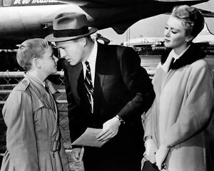 Inger-Stevens-amp-Bing-Crosby-1025853-8x10-photo-other-sizes-available