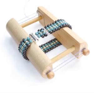 Endless Loom par Deb Moffett-Hall et BEADSMITH