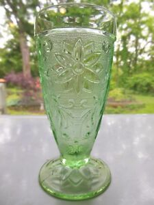 Tiara-Indiana-Glass-Chantilly-Green-Sandwich-10-oz-Footed-Tumbler