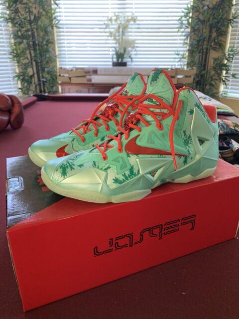 Nike Lebron XI Christmas Grinch Mens