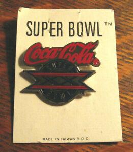 Coca-Cola Team Pin Lapel PIN Bottle Collectible Taiwan ROC
