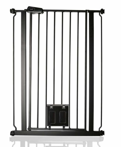 Bettacare Premium Extra Tall Dog Pet Gate Lockable Cat Flap Matt Black 75-84cm