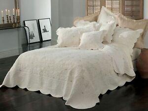 Bianca-Chardae-Bedspread-Set-Cream
