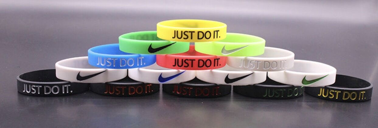 sextante tramo contacto  3d Nike Just Do It Sports Silicone Wristband Bracelet Baller Band Black &  Gold for sale online | eBay
