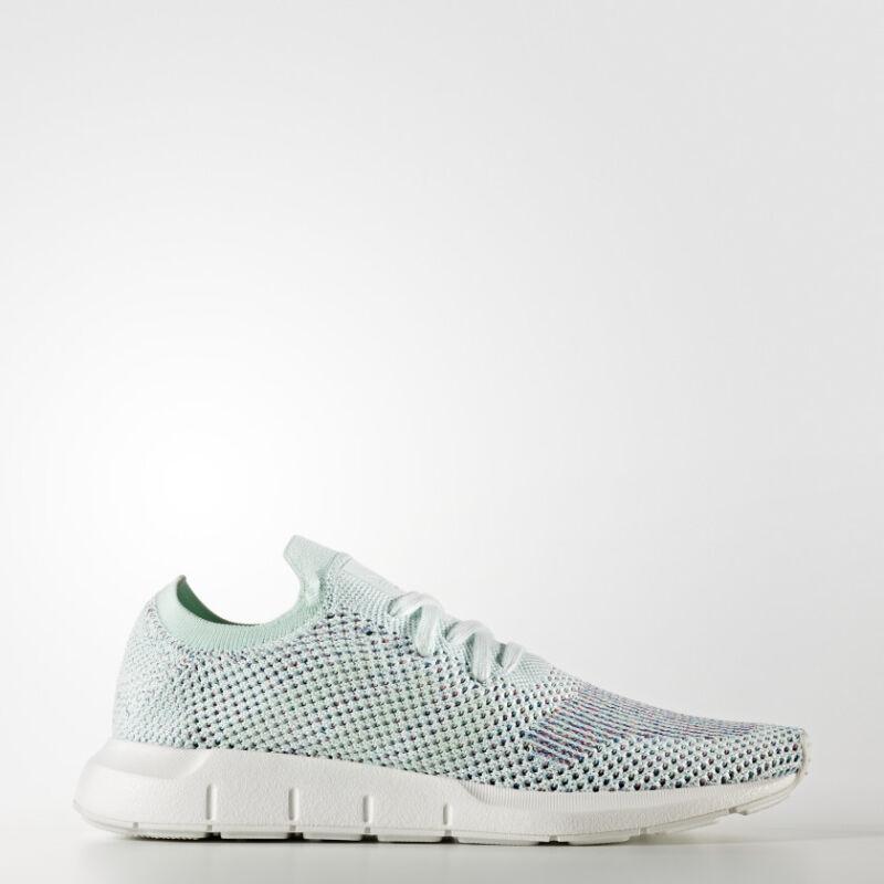 Adidas Originals Womens Swift Run Sneakers Ice Blue/white Glass-show Original Title