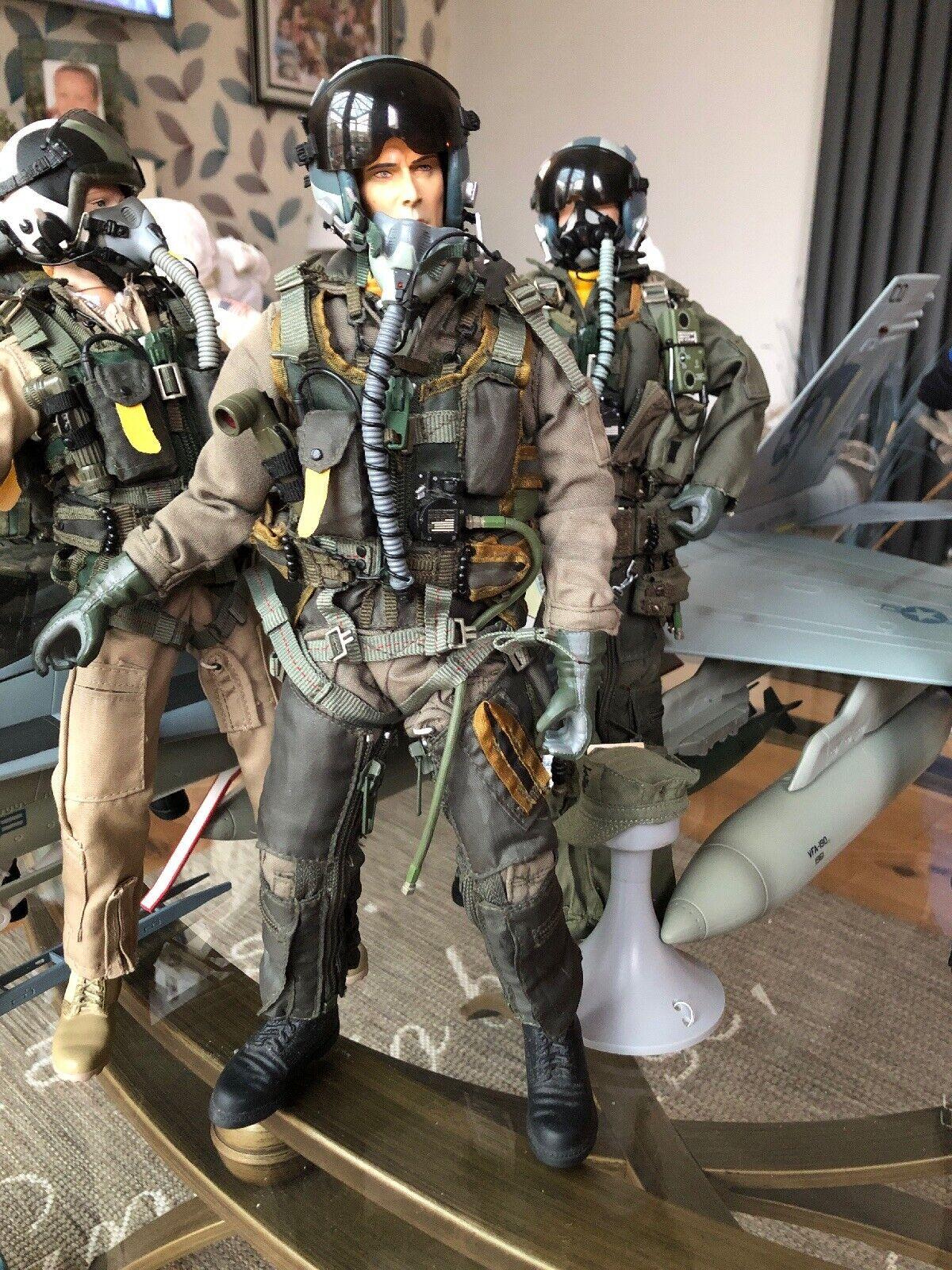 Elite Force Bbi 1 6 USNavy F-18 Pilot Top Gun