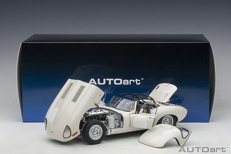 Autoart JAGUAR LIGHTWEIGHT E-TYPE OPALESCENT DARK  WHITE 1 18 Scale New Release