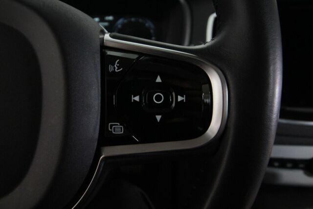 Volvo XC90 2,0 D5 225 Momentum aut. AWD Van