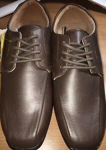 Smart Fit Shoes Boys Size 2 1/2 Brown