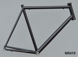 Onroad-Lite-Rennrad-Rahmen-RH-62-cm-in-schwarz-matt-1440g-FST-NR419