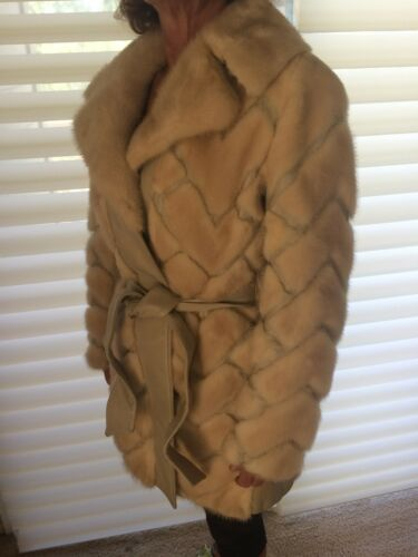 I. Magnin Women's Vintage Mink Fur Coat Size M