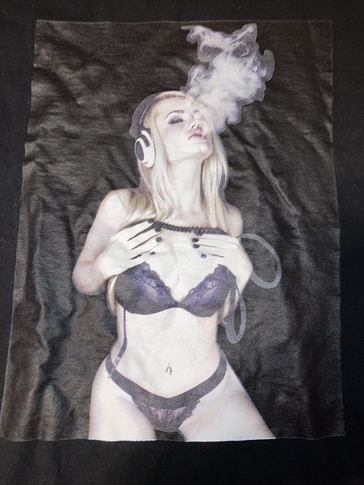 Sexy T Shirt 3xl Vape Madonna Britney - image 3
