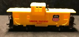 HO-Union-Pacific-Caboose-100-Tested-amp-Refurbished-Lot-X9